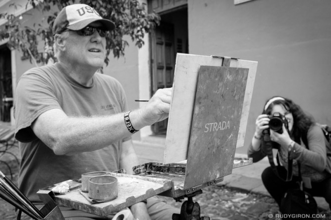 Rudy Giron: Antigua Guatemala &emdash; Making Art at Calle del Arco On The Weekends