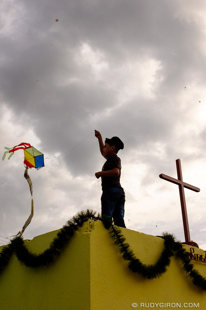Rudy Giron: Antigua Guatemala &emdash; It's Kite Season in Guatemala
