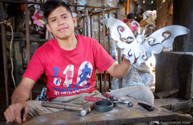 Rudy Giron: Antigua Guatemala &emdash; Street Photography — The Butterfly Maker 2