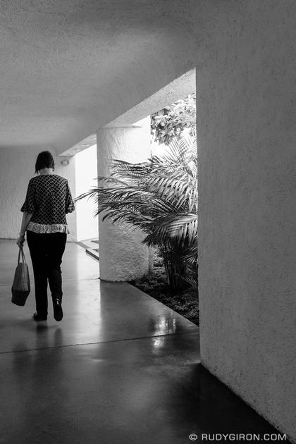 Rudy Giron: Antigua Guatemala &emdash; Street Photography — Follow the light