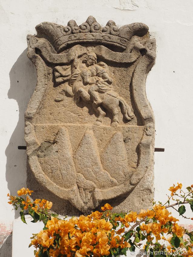Rudy Giron: Antigua Guatemala &emdash; Escudo de Santiago de Guatemala
