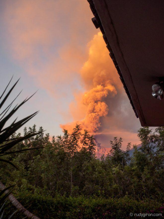 First Huge Eruptions of Volcán de Fuego in 2018