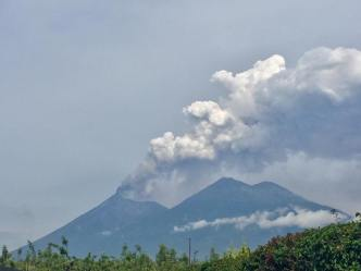 Typical eruptions of Volcán de Fuego early in the morning of Sunday, June 3, 2018