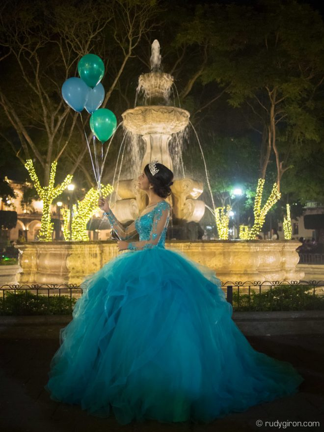 Quinceañera Photo Session in Antigua Guatemala at Night BY RUDY GIRON