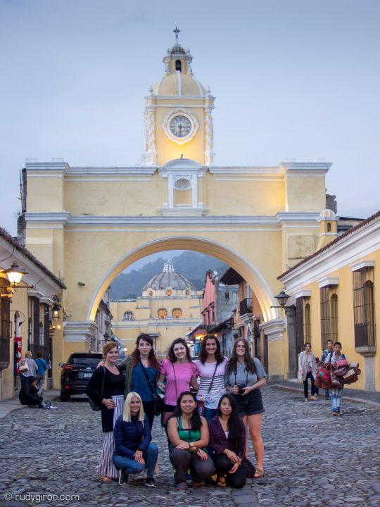 Street Photo Shoots in Antigua Guatemala BY RUDY GIRON