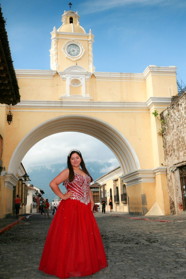 Destination Quinceañera Pictures in Antigua Guatemala BY RUDY GIRON