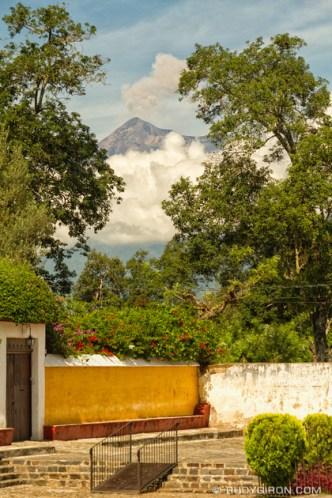 Quotidian vistas of Antigua Guatemala — Volcano Fuego Puffs