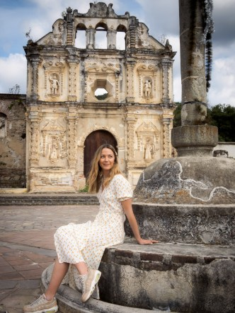 Portrait of Vanessa Pilon in Antigua Guatemala BY RUDY GIRON