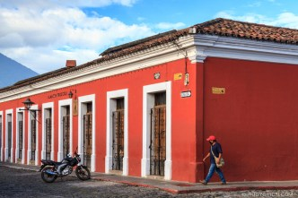 PHOTO STOCK: 9-door house at Calle del Arco in Antigua Guatemala