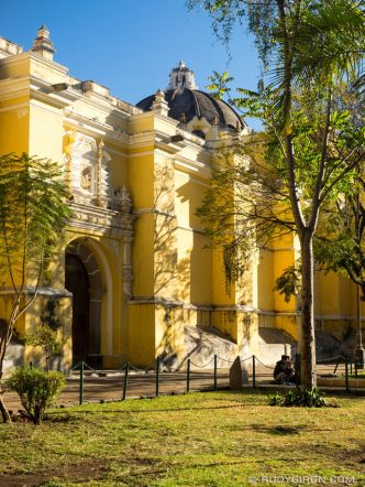 PHOTO STOCK: Winter Morning Light in Antigua Guatemala