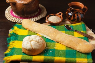 PHOTO STOCK: Guatemalan Bread — Lengua and Mollete