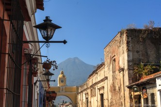 PHOTO STOCK: Sunshine at Calle del Arco by RUDY GIRON