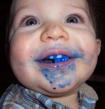 kid-eating-blue-crayon