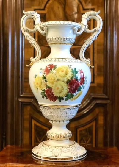 Große barocke Henkelvase