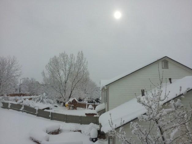 snow-03-23-16_sun