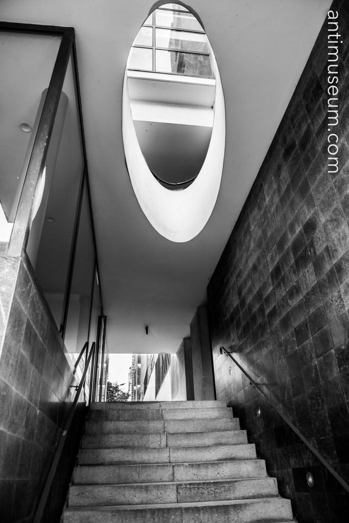postmodern architecture Montsouris