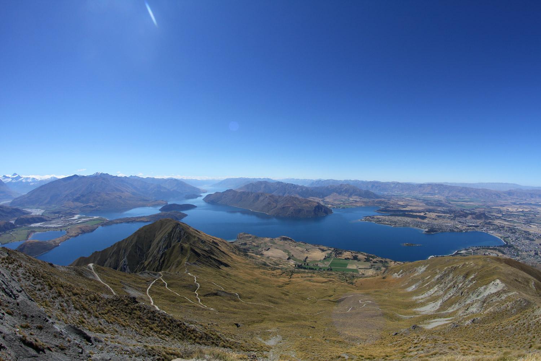 Vue du lac Wanaka depuis le Roy's peak