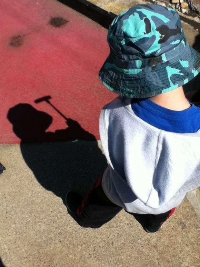 30 примеров, когда тени начали жить своей жизнь, независимо от владельцев