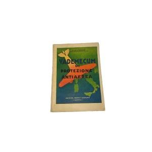 libretto anni 30 sulla protezione antiaerea, Giuseppe Rispoli