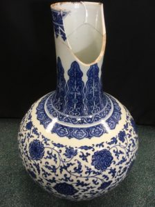 A damaged Chinese vase that sold at auction in 2017 for £150,000