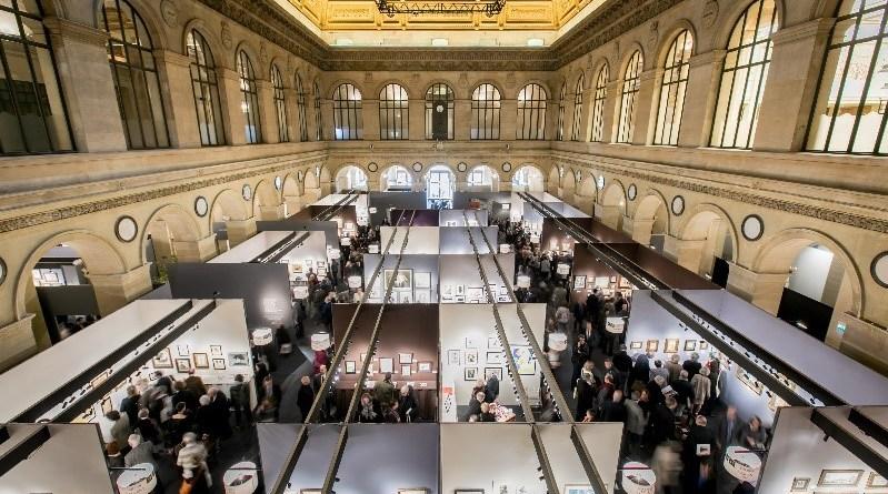 Exhibitors at the Salon du Dessin in Paris
