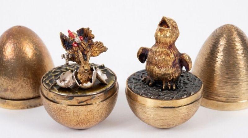 Stuart Devlin collection in Dorset sale