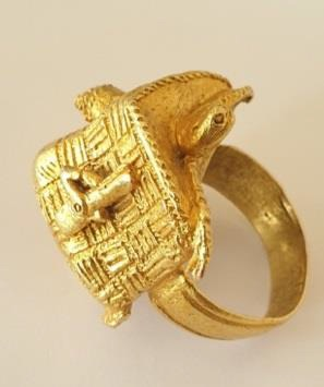 Ashante prestige ring in gold. 19th Century POA (Ian Shaw)
