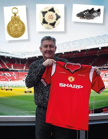 Items from the Norman Whiteside collection