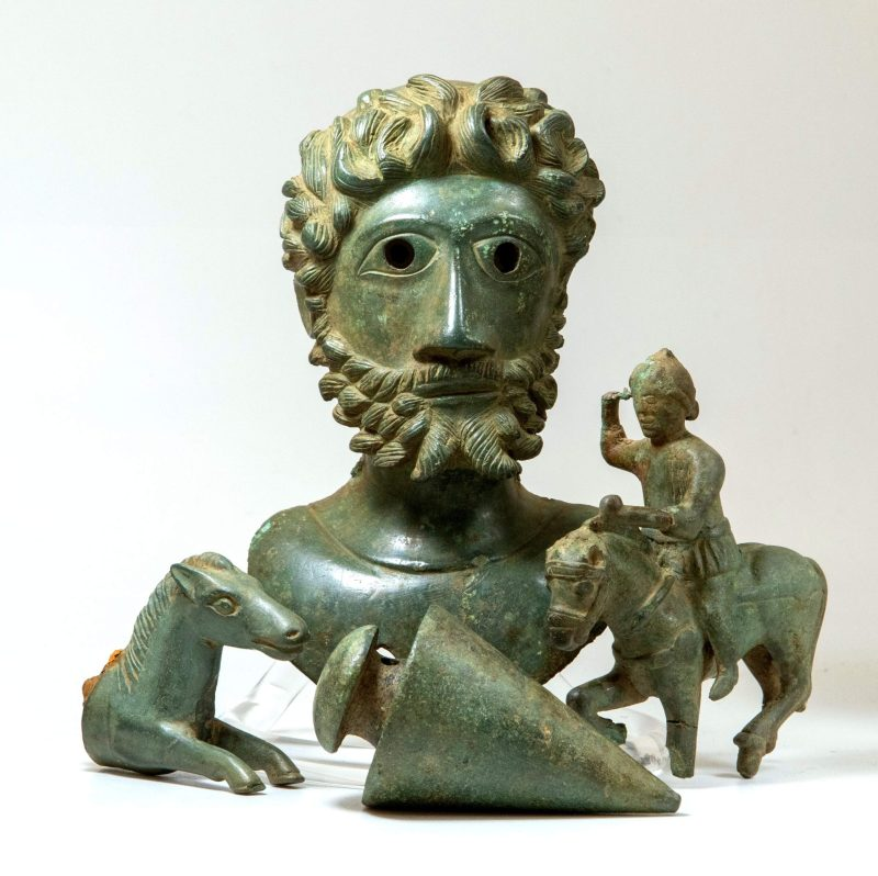The Ryedale Ritual Bronzes