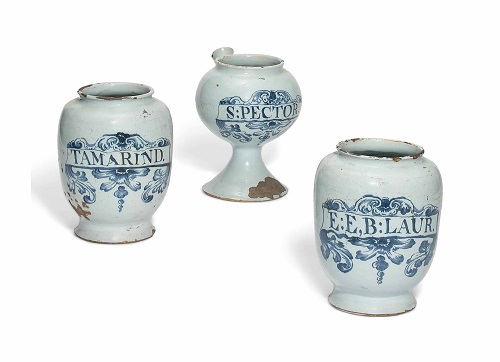 Delft drug jars