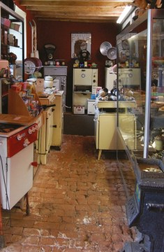 The inside of the Bakelite Museum