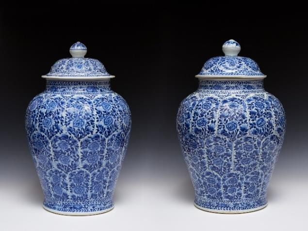 Chinese porcelain jars on display at the BADA Fair