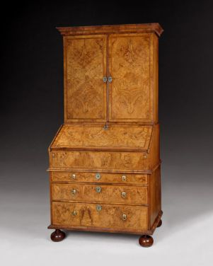 James II/ William and Mary Period highly figured walnut bureau cabinet