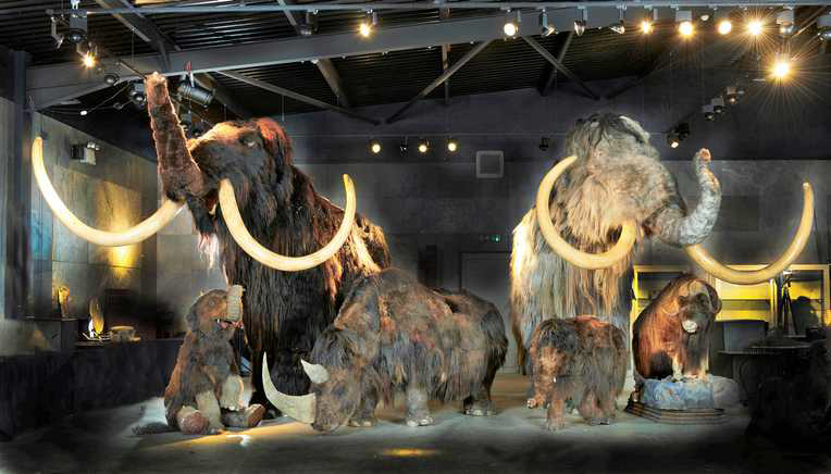 A collection of Ice Age animals in auction