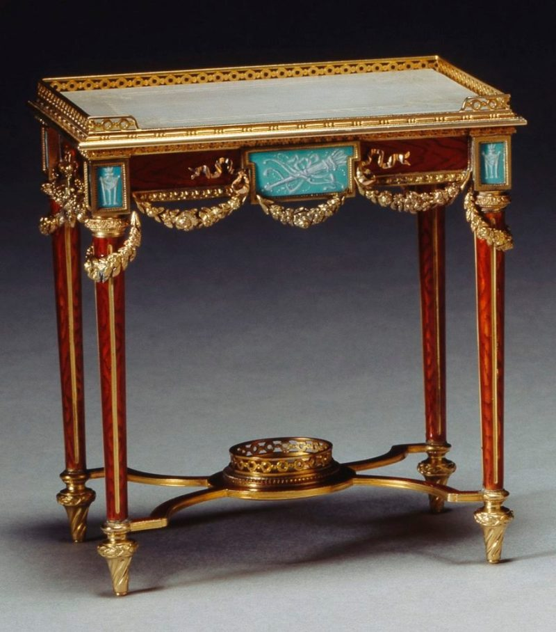 Miniature table, Wartski Faberge - Wartski 1947, image courtesy of Royal Collection Trust ©Her Majesty Queen Elizabeth II 2018