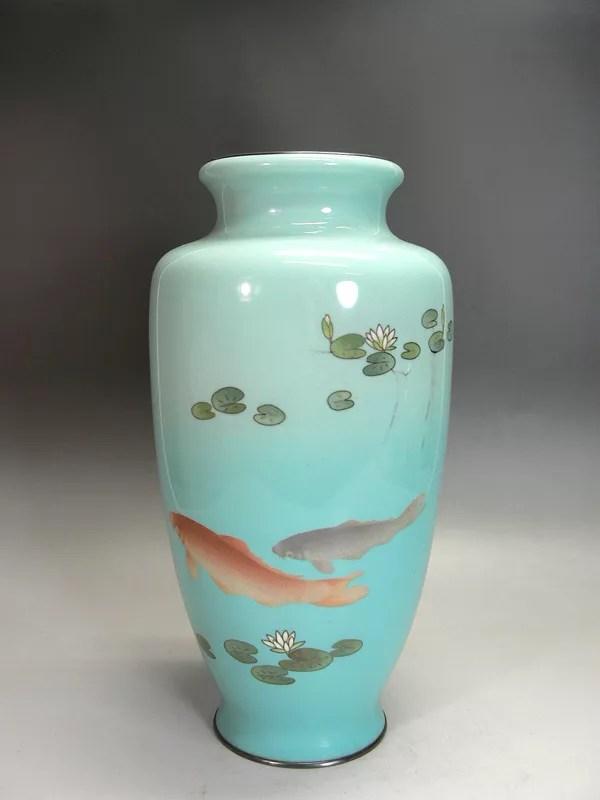 蓮池双鯉図七宝花瓶(ヒビあり)