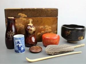 住吉蒔絵の茶箱