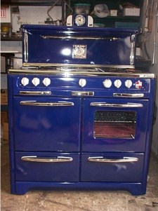 "Custom Cobalt, features center Pancake Griddle, Timer S&P Shakers Clock "" torpedo light"" Bakers Shelf left side Broiler"