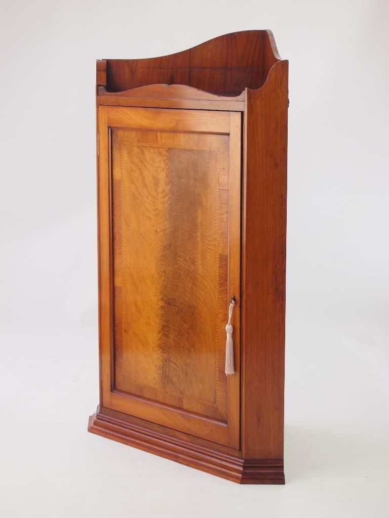 Antique Victorian Hanging Corner Cabinet