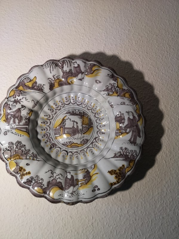 Early Dutch Delft lobed charger