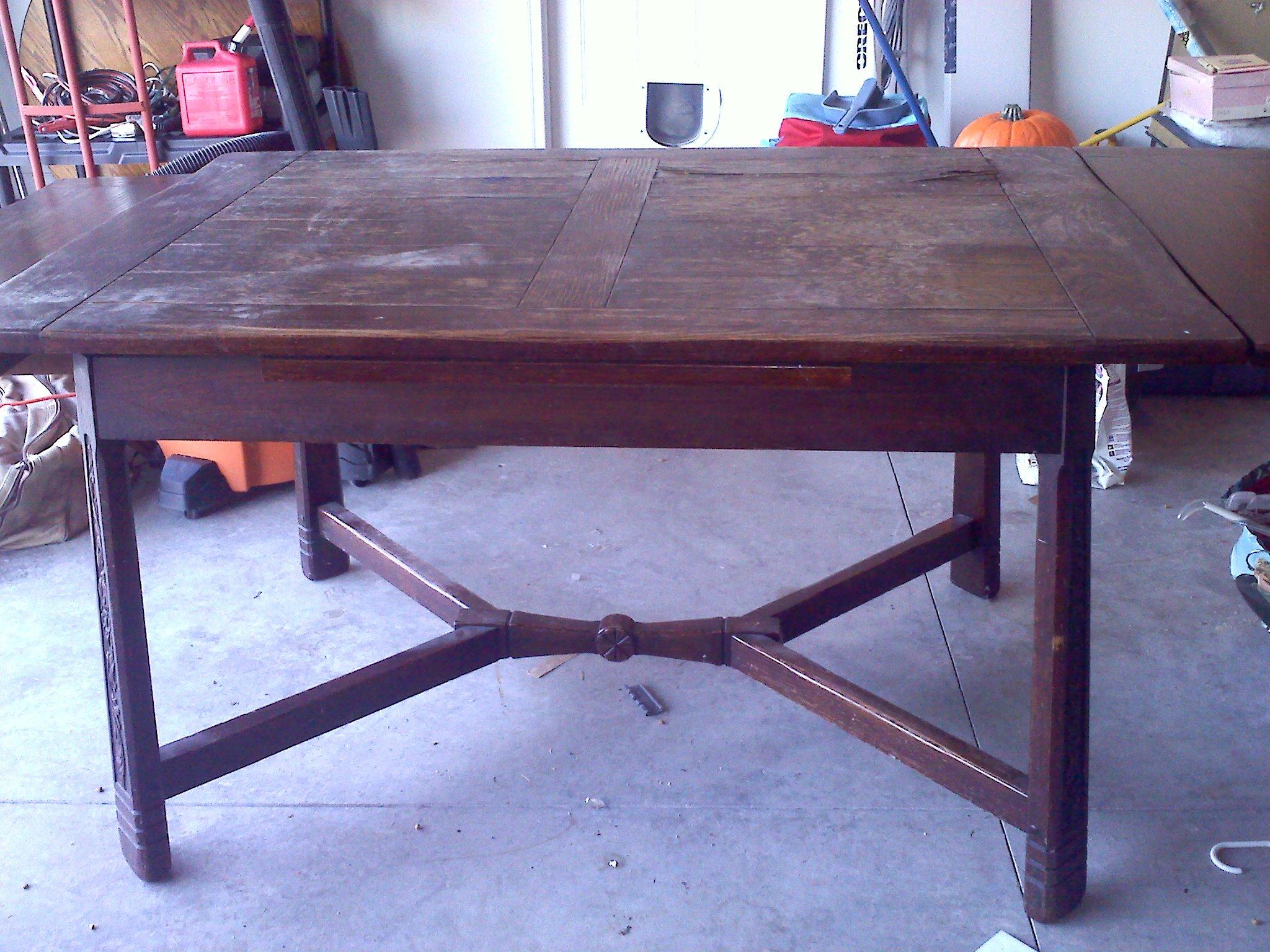 1860 Flint & Horner Expanding Dining Room Table For Sale