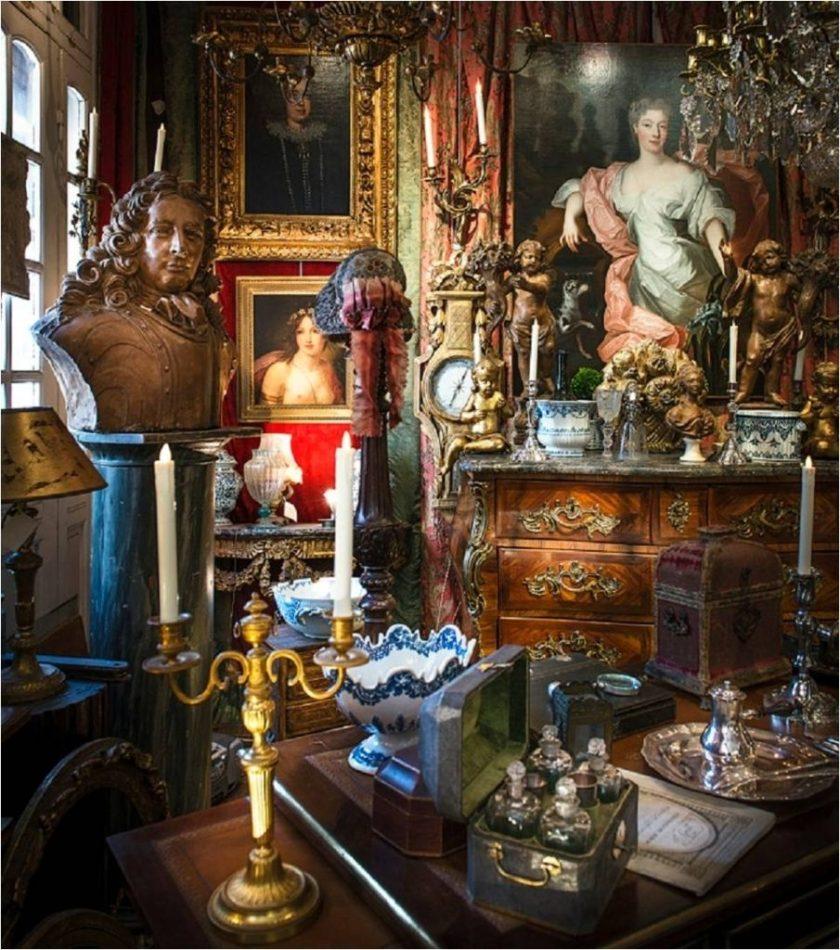 antiques at Paris Flea market Paul Bert Serpette with The Antiques Diva & Co