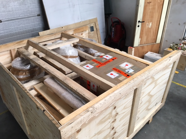 AD&CO International Shipping: Custom crating, packing and shipping antique statuary and columns