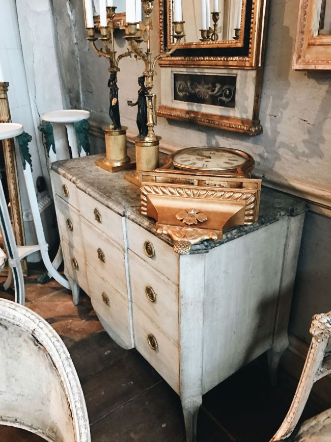 Antique Swedish commode: Sweden is HOT for Sourcing Antiques| Toma Clark Haines | The Antiques Diva & Co