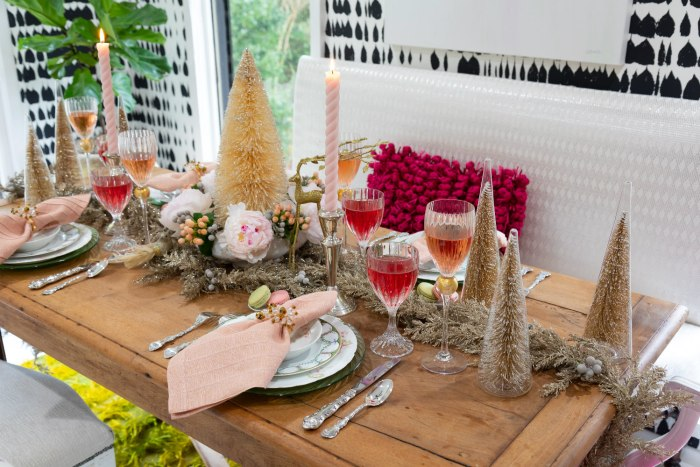 Lolo French Antiques | tablescape tabletop | The Antiques Diva & Co