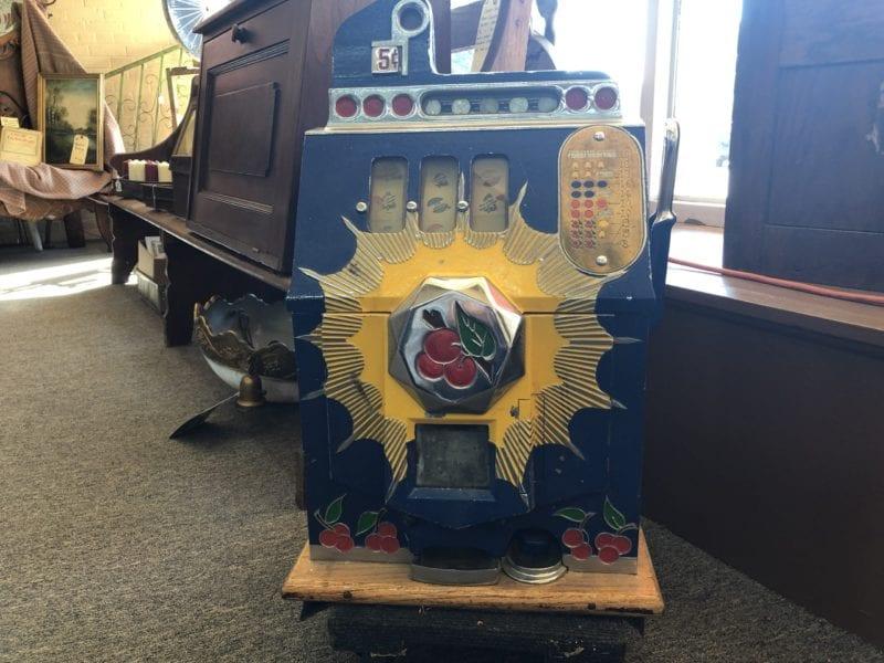 AE Antique Slot Machine