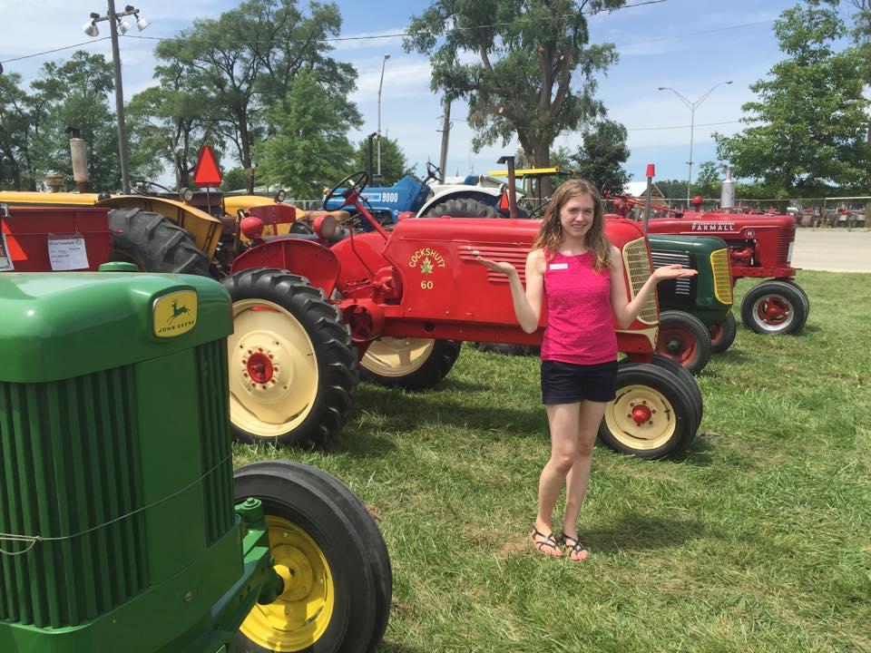 Vintage Farms Tractors For Sales : Vintage farm tractors for sale on ebay