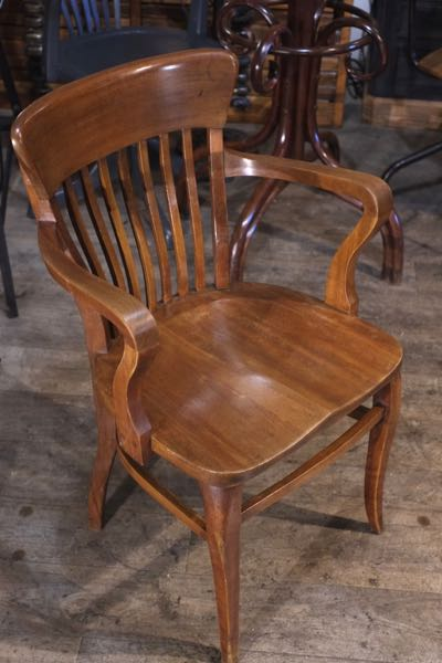 renaud jaylac antiquites brocante toulouse meuble industriel metier