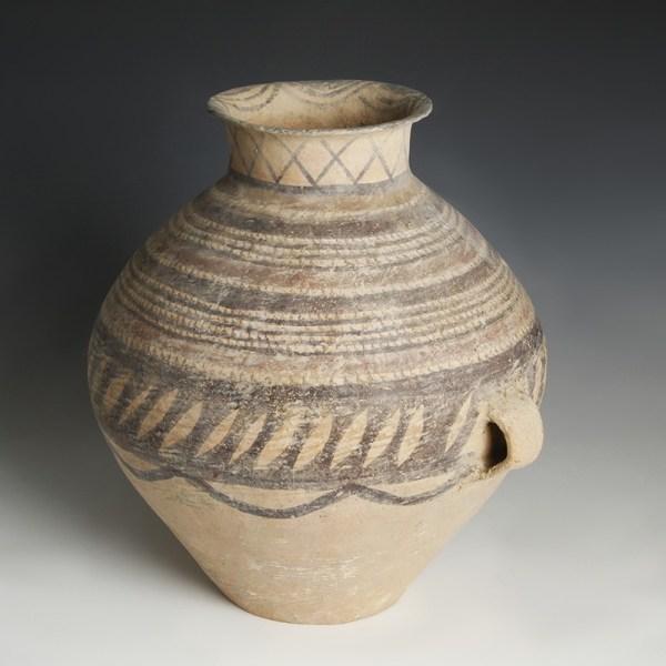 Fine Large Chinese Neolithic Jar