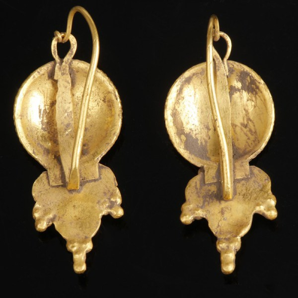 Roman Gold Earrings with Concentric Design